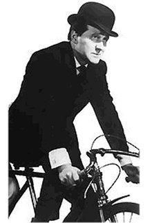 Homem do Coco e da bicicleta